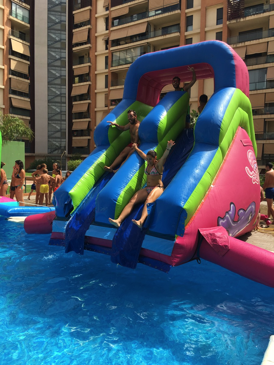 Hinchables infantiles para fiestas en babu animaciones - Hinchables de agua para piscinas ...