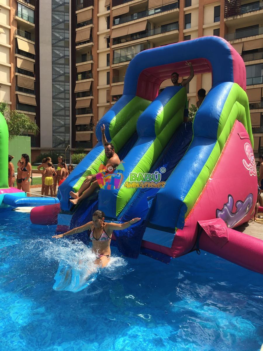Hinchables a medida de cada tipo de fiesta descubre cu l for Barredera piscina