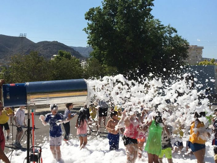 Fiesta de la espuma en colegios
